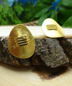 Gold Matte-finish Oval Pendant & Earrings Set